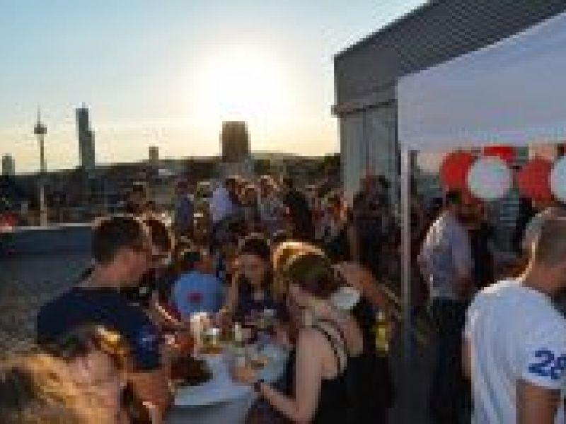 Sommerfest: über den Dächern von Köln
